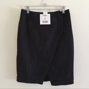 LF SEEK The Label Black Suede Asymmetrical Skirt M